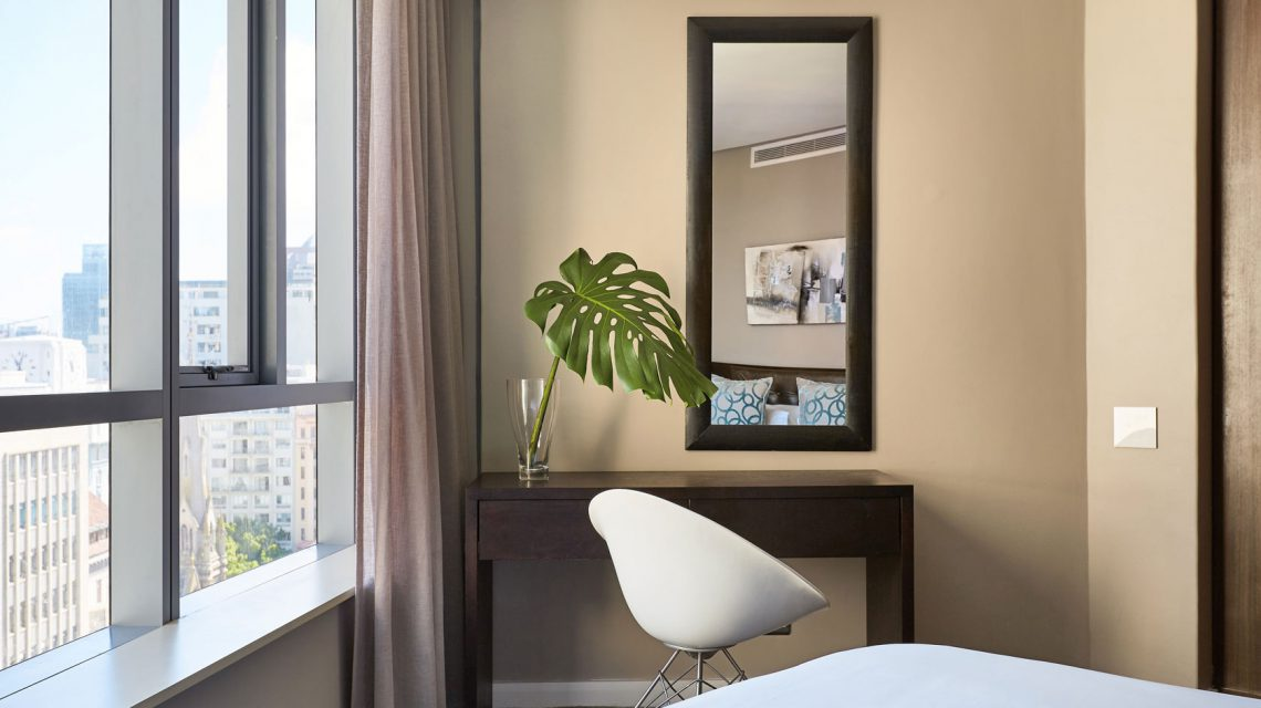 Room 1 Detail